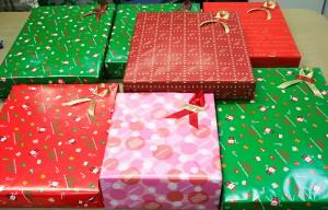 クリスマスラッピングが最高潮です 贈物広場セノヲ山崎店
